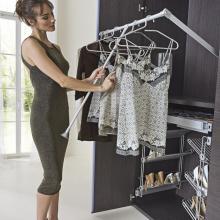 Пантограф для одежды в шкаф купе изображение 4